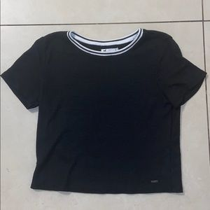 Hollister Small Black Cropped T-Shirt